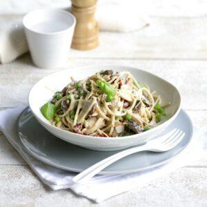 Chicken and mushroom spaghetti carbonara