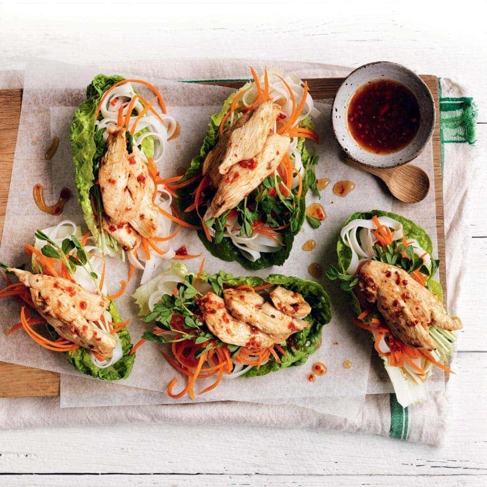 Chilli-lime chicken lettuce cups