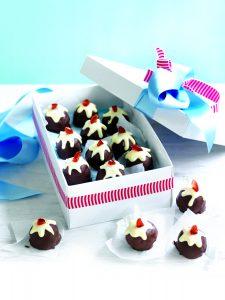 Chocolate Christmas pudding truffles