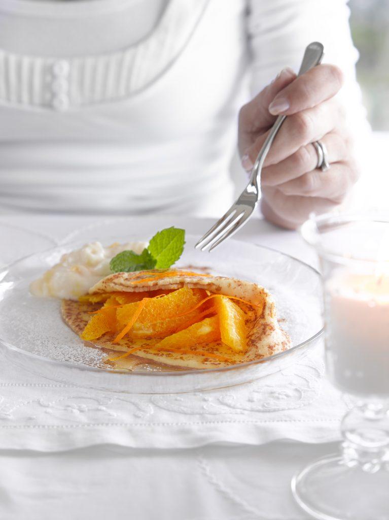 Citrus fruit-filled pancakes