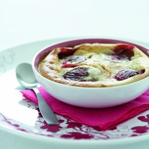 Creamy almond plum pudding