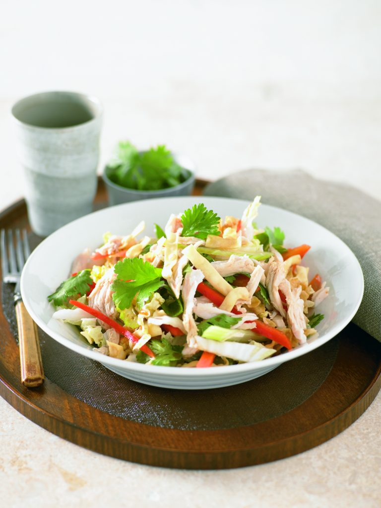 Crispy noodle and chicken salad
