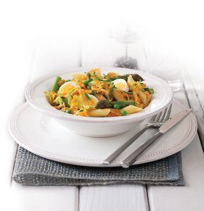 Egg and summer vegetable pasta