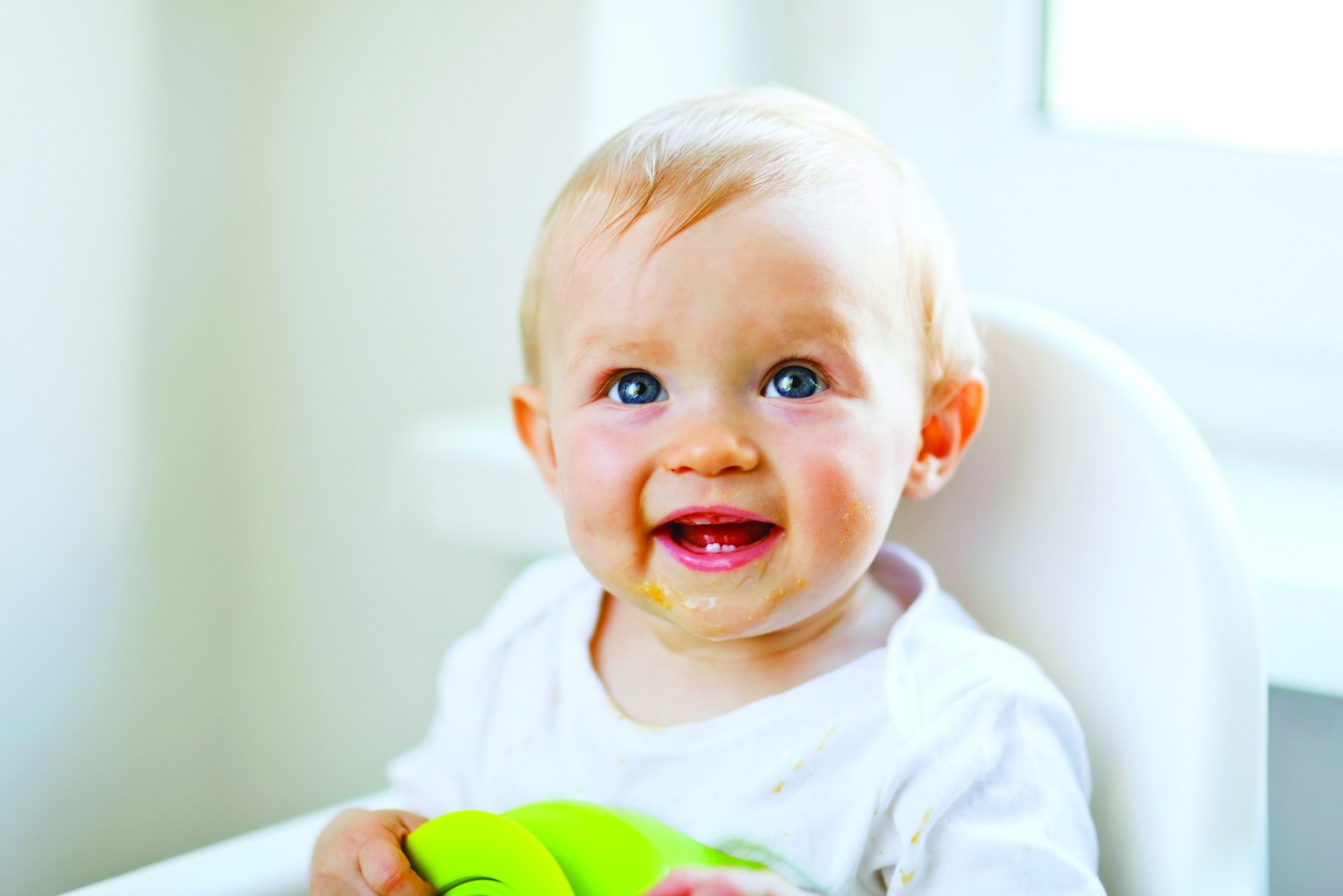 The first juice for the baby: we introduce tastes in turn
