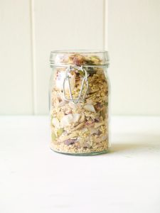 Fruit-free muesli