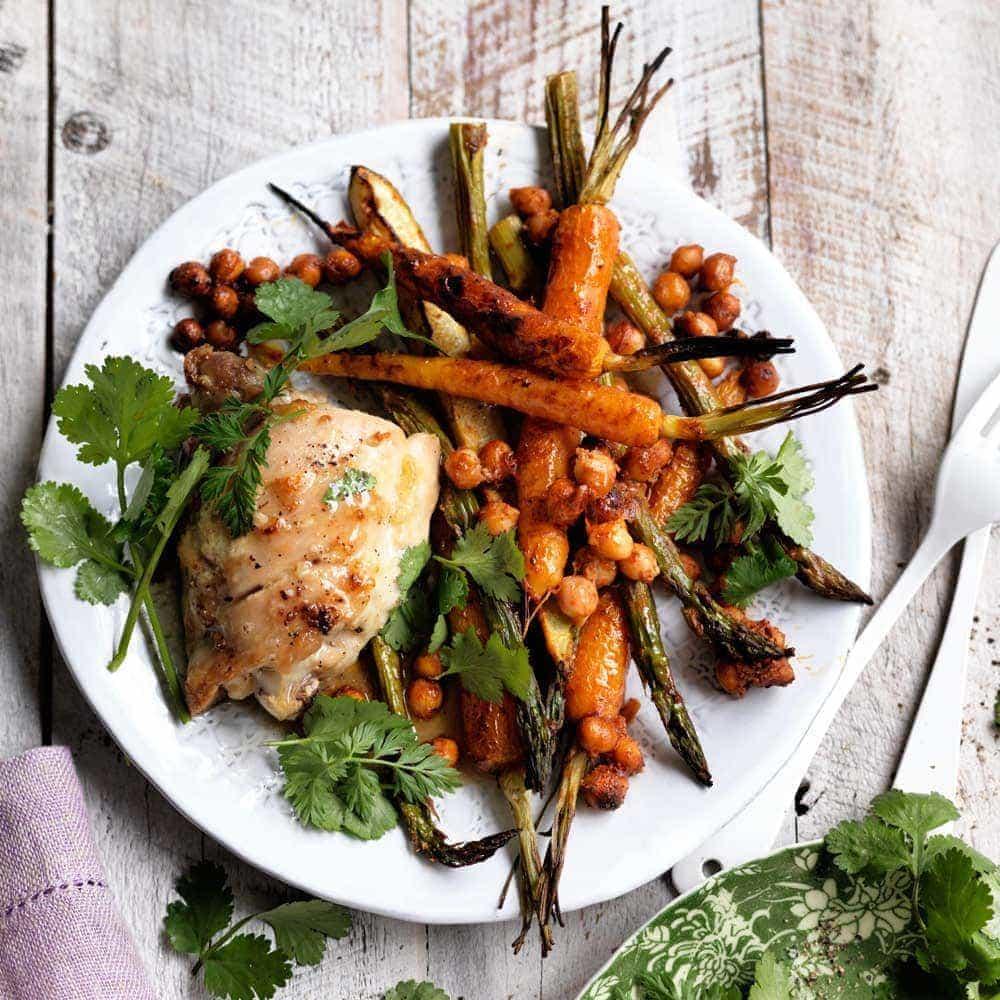 Garlic chicken with tandoori vegetables