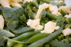 Green bean and mozzarella salad