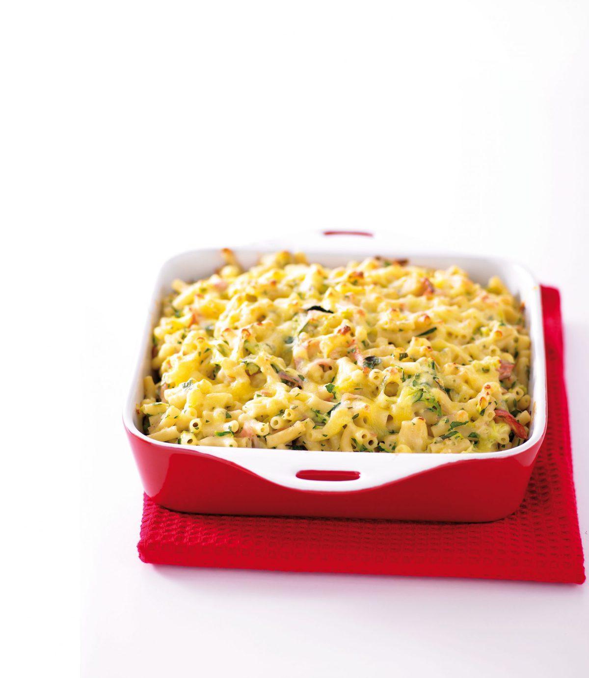 Ham, courgette and macaroni bake