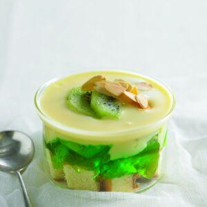 Kiwifruit trifle