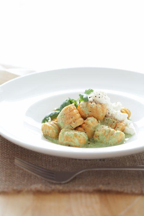 Kumara, coriander and lemongrass soup | Healthy Food Guide