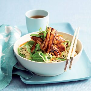 Low-fat hoisin chicken and noodles