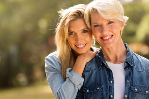 Mothers and daughters: How to be a healthy eating role model