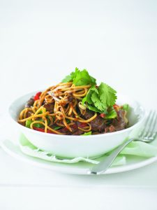 Noodles with beef and veges