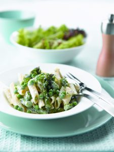Penne with ricotta, asparagus and baby peas