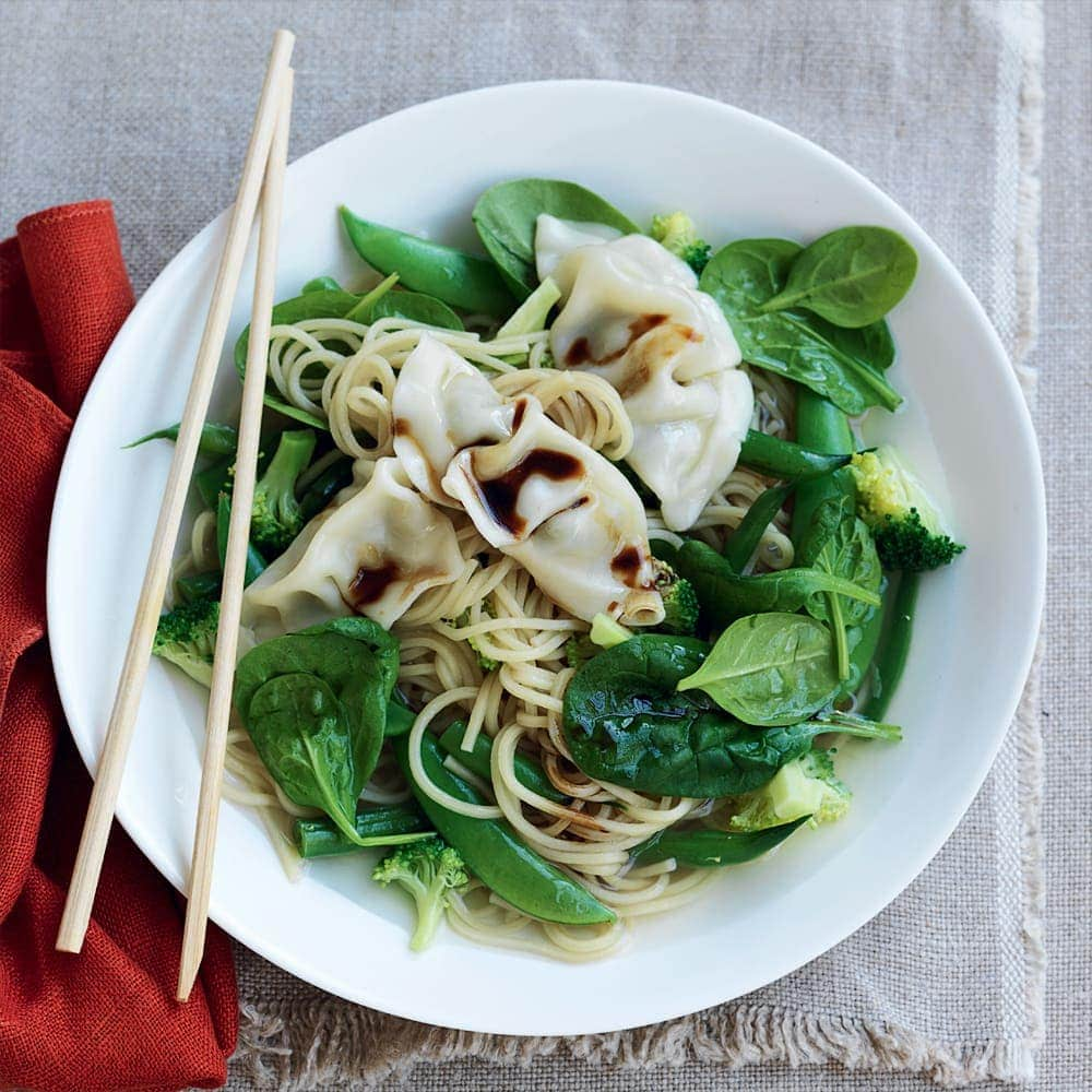 Ramen noodle soup with wontons