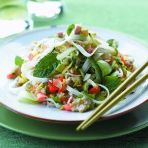 Refreshing noodle salad