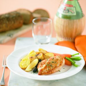 Roasted chicken breast fillets with lemon, olives and thyme