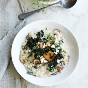 Savoury porridge with mushrooms, thyme, feta and kale