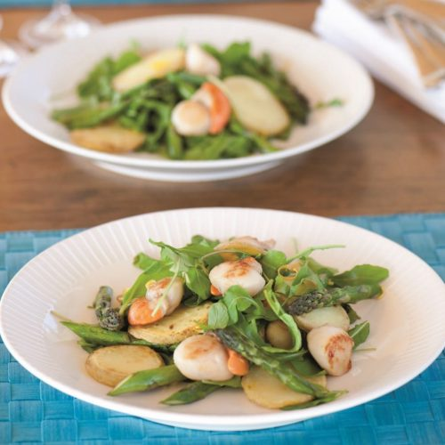 Scallop, asparagus and potato salad
