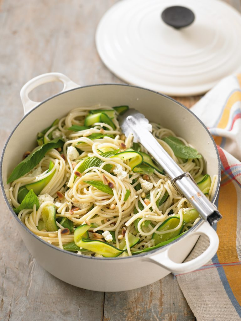 Spaghetti with courgettes, feta, mint and pine nuts