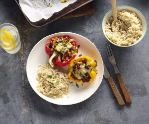 Spicy capsicum bowls with brown rice