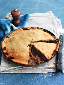 Spicy mushroom and lentil pie