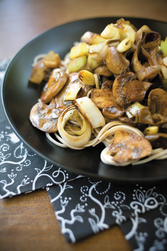Tangy soy mushrooms with noodles