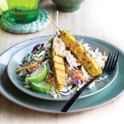 Tempeh skewers with cashew lime sauce