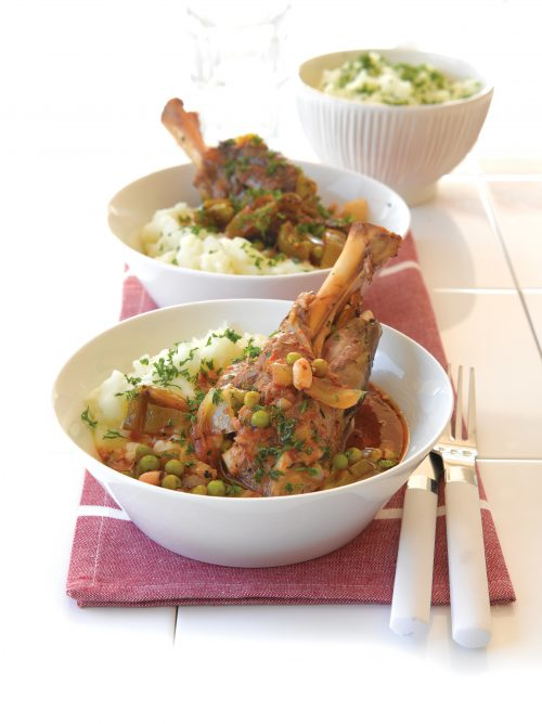 Tomato and herb lamb shanks