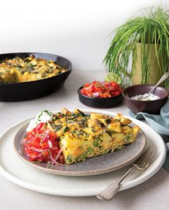 Tortilla with tomato salsa and chive dip