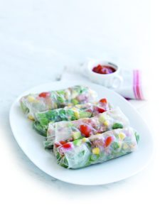 Tuna and avocado rice paper wraps