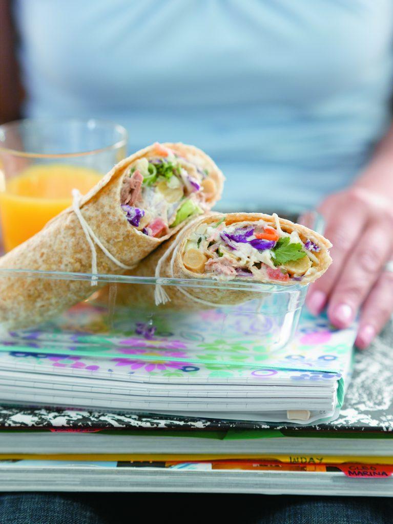 Tuna coleslaw wraps