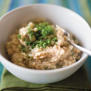 White bean mash with roasted garlic