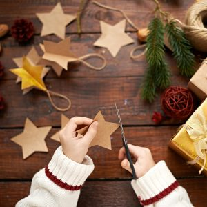 21 clever Christmas gifts kids can make