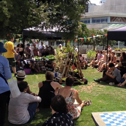 Dig into free gardening workshops in Auckland