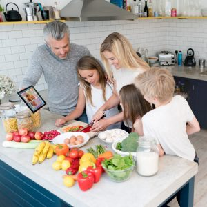 10 tips for quick family meals