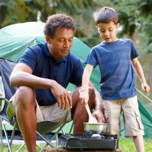 Easy dishes you can cook outdoors with the kids