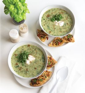 Leek, kale and potato soup with pizza pitas