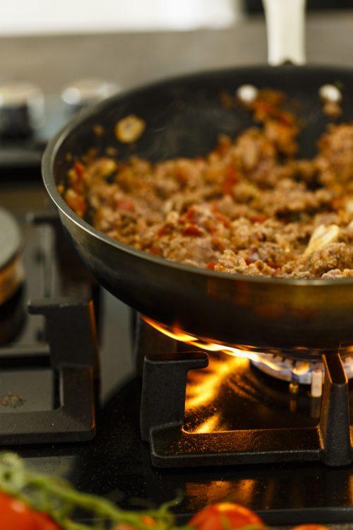 Packet vs homemade: Bolognese sauce