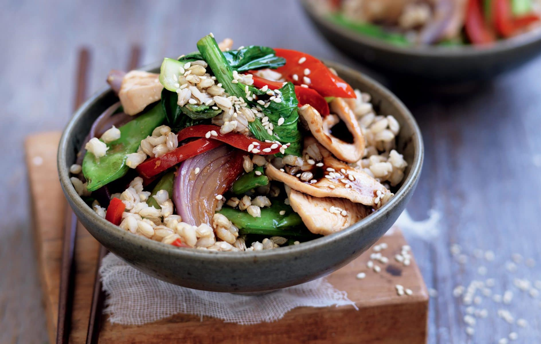 Stir-fried barley with chicken and bok choy