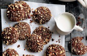 Chocolate hazelnut biscuits