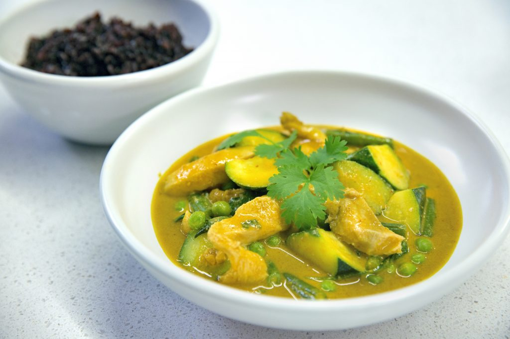 Coconut peanut chicken curry