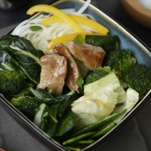 Sesame chili stir-fry with pork tenderloin and noodles