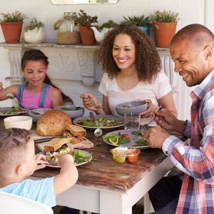 How to eat together for better health