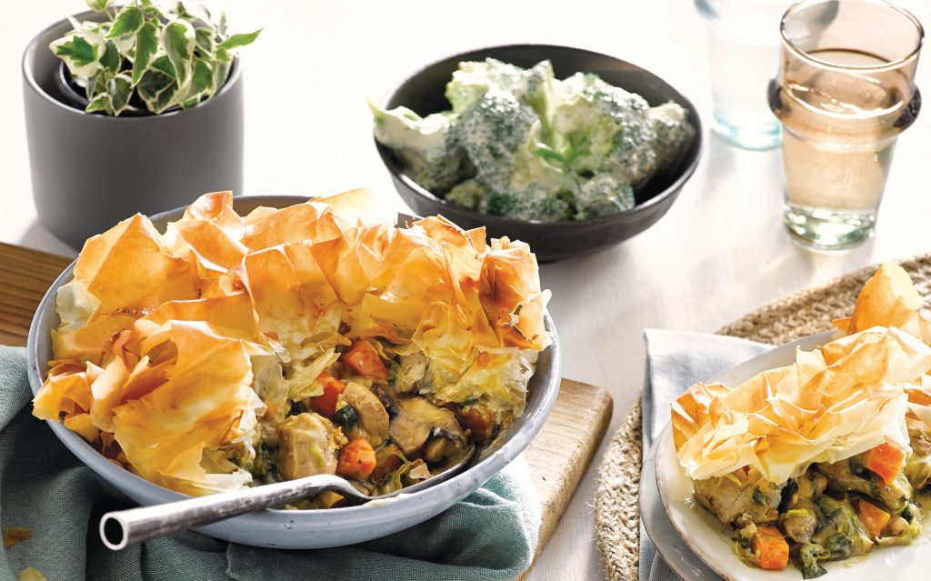 Chicken pot pie with creamy broccoli