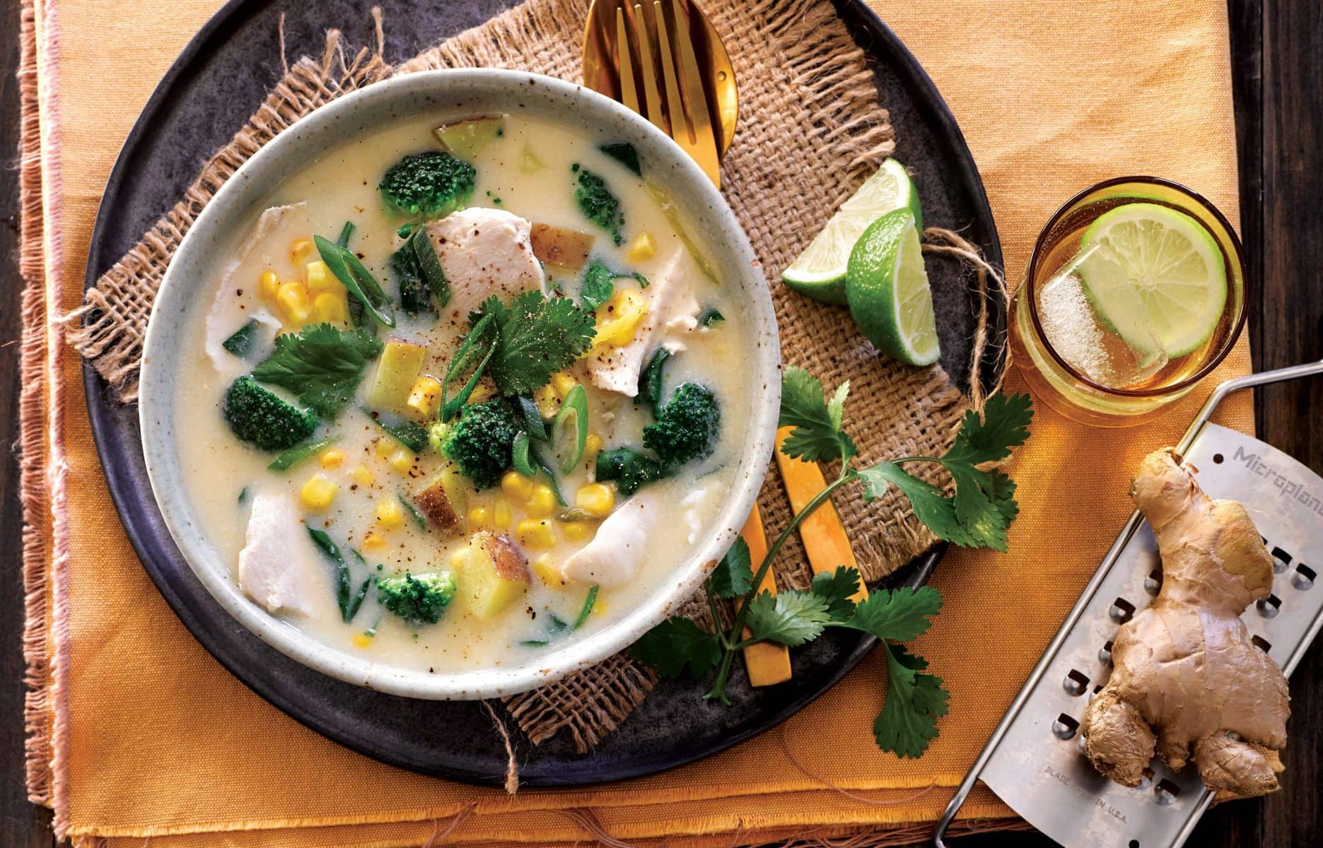 Quick chicken, corn and broccoli soup
