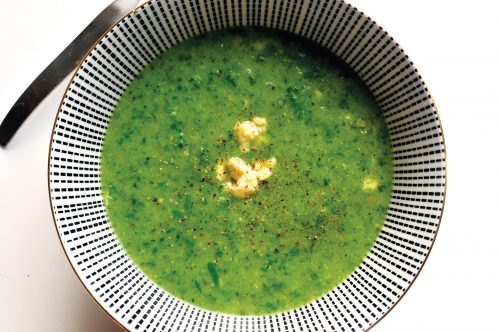Broccoli, rocket and blue cheese soup