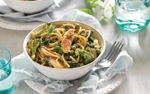 Creamy spring chicken pasta