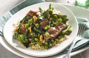Chilli beef with cashews and greens