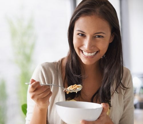 Who should I visit, a nutritionist or dietitian?